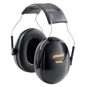 Show details of Peltor 97070 Junior Earmuff, Black.