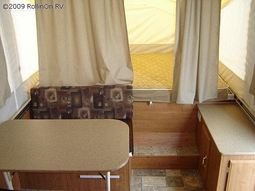 2009 FOREST RIVER ROCKWOOD 1940LTD Schererville IN 46375 Photo #0036337C