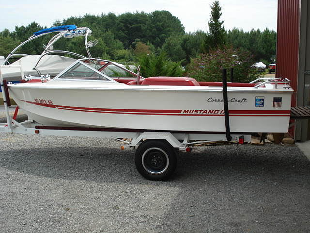 1976 correct craft mustang price 7 stokesdale for Correct craft trailer parts
