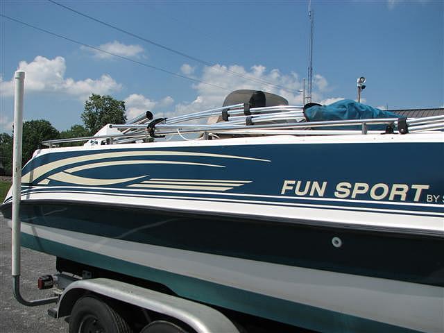 2001 Hurricane Fun Sport by Sprint 215 S Price $9 995 00