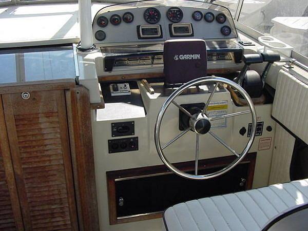 1989 Boston Whaler cabin boats 27 full cabin Newport Beach CA 92663 Photo # ...