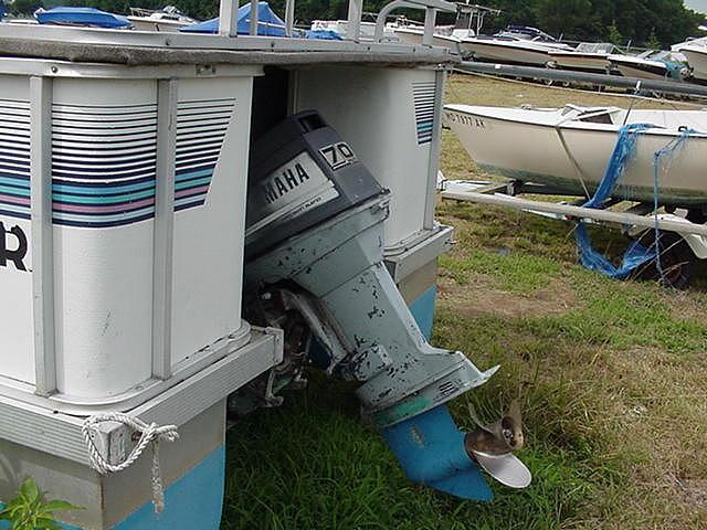 1989 SUNDANCER PONTOONS 240S Millsboro DE 19966 Photo #0052159A