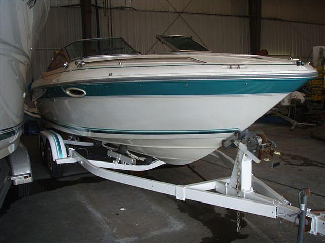 Small Cabin Cruiser Manufacturers 210 Day Cruiser Water
