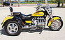 Show more photos and info of this 2000 HONDA VALKYRIE.
