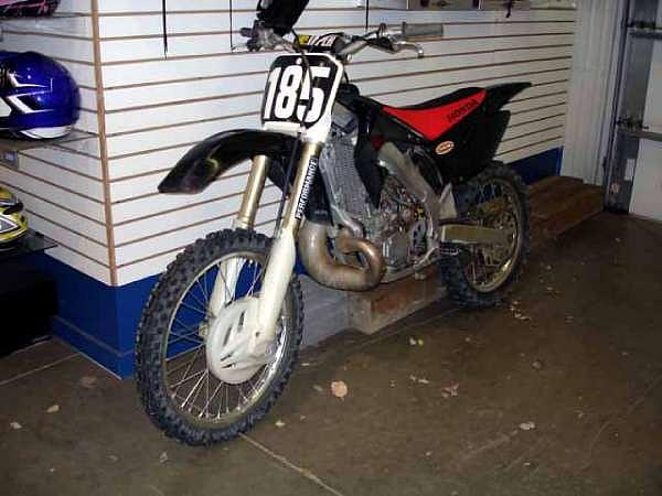 2003 Honda CR250R Belle Vernon PA Photo #0059889A