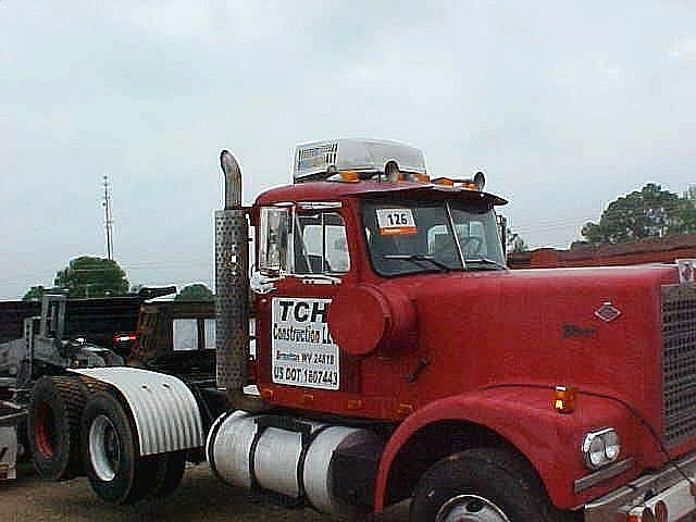 1978 DIAMOND REO C116, Price $6,000 00, Covington, Tennessee