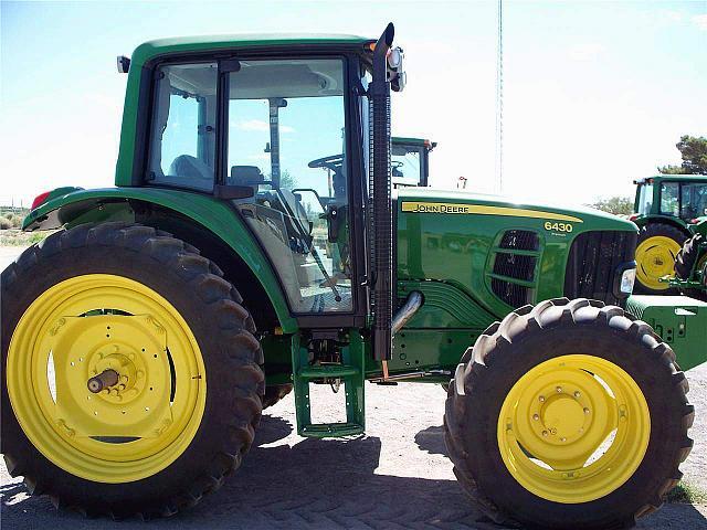 2010 John Deere 2010 JOHN DEERE 6430 PREMIUM Albion Iowa 50005 Photo #0132640A